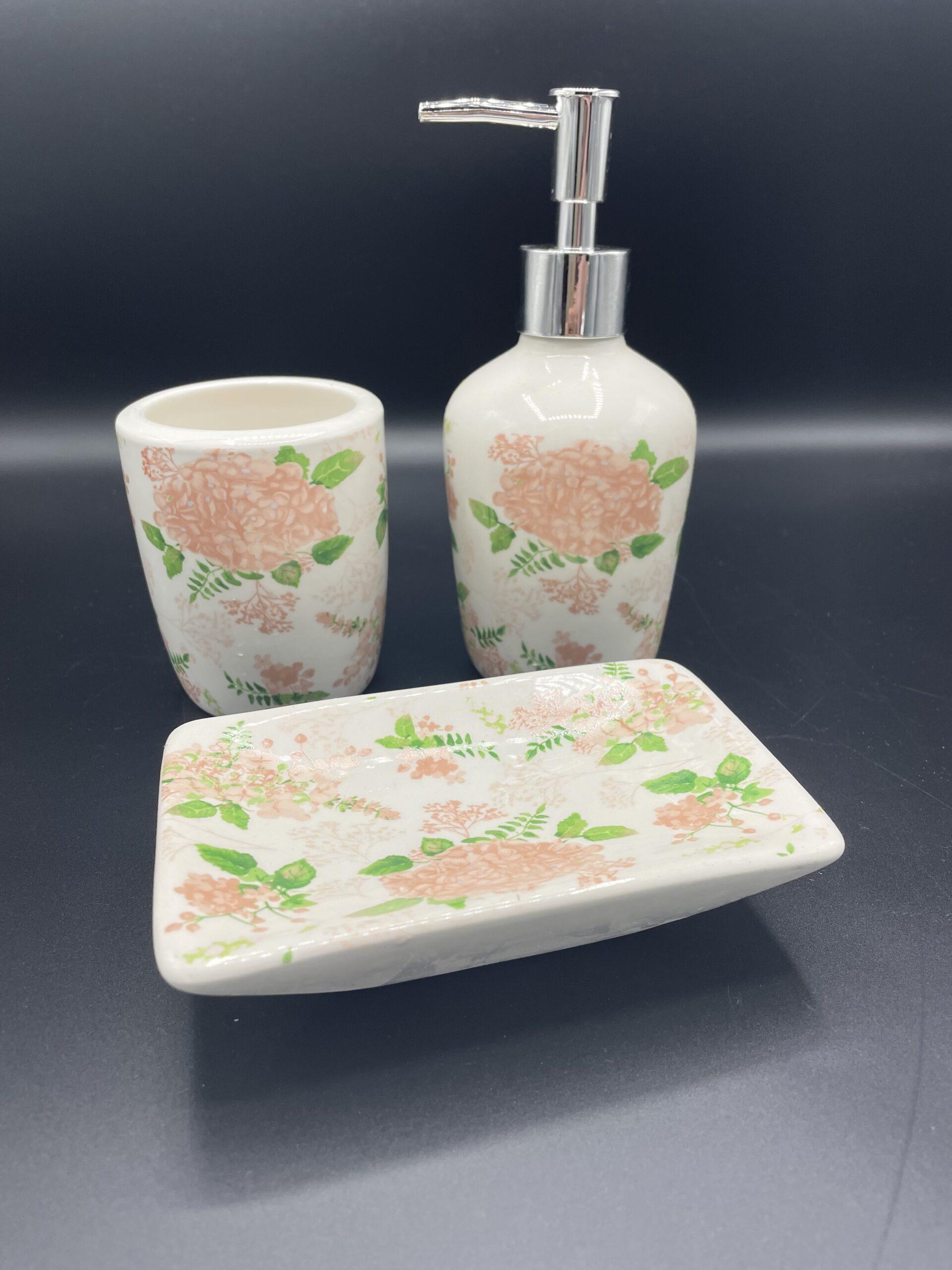 Set bagno fiori rosa