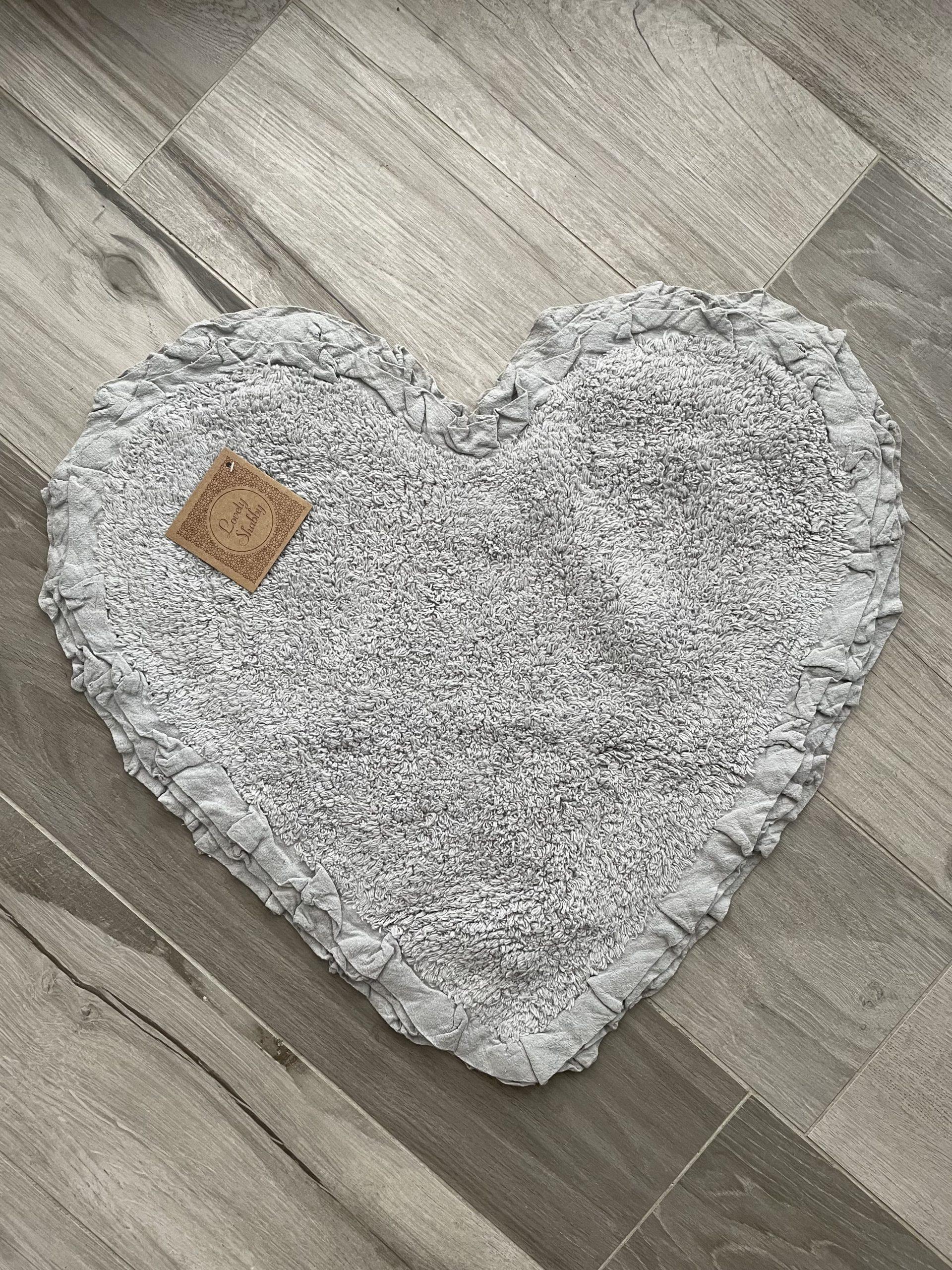 Tappeto cuore grigio