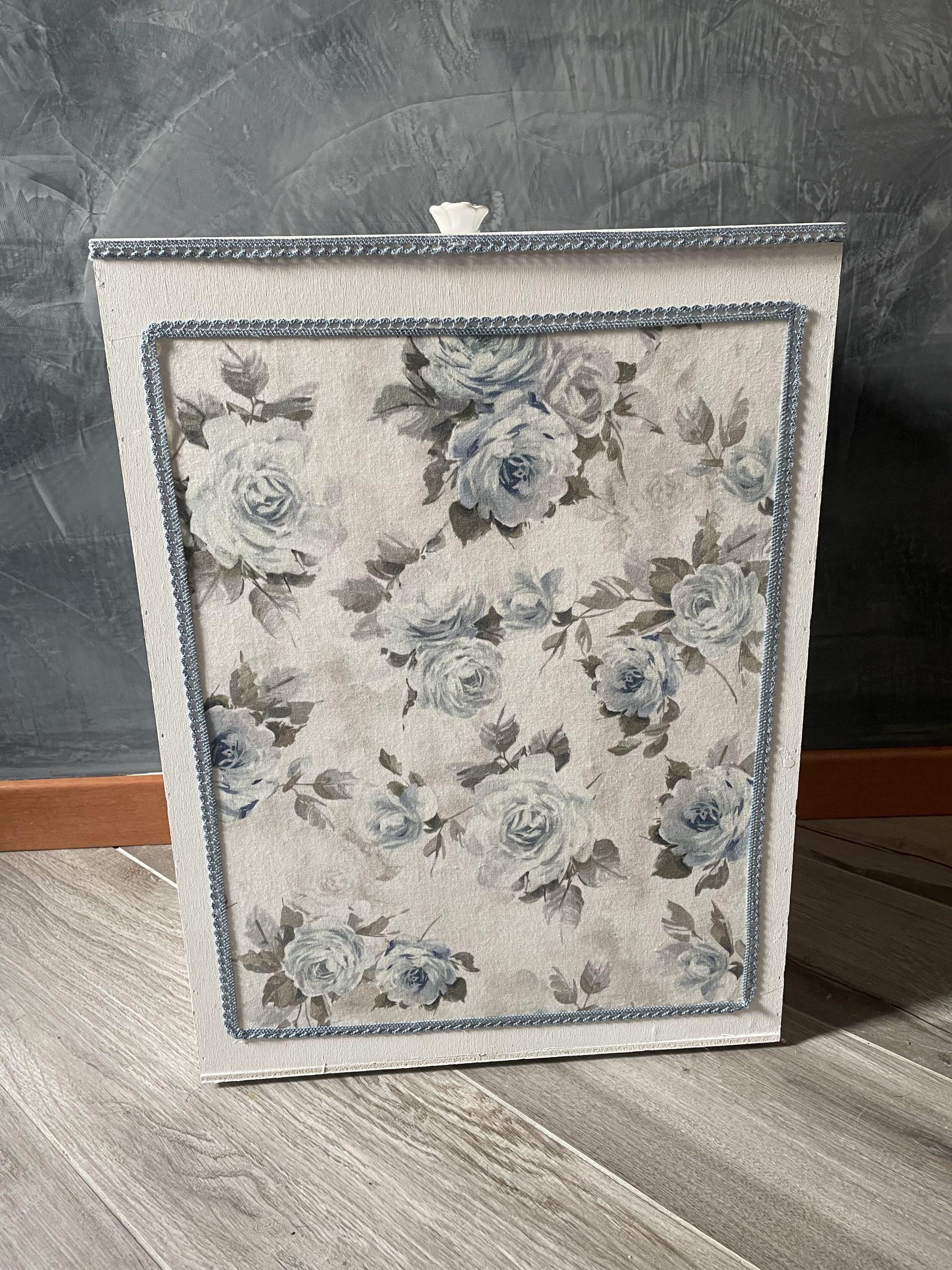 Porta biancheria fiori azzurri