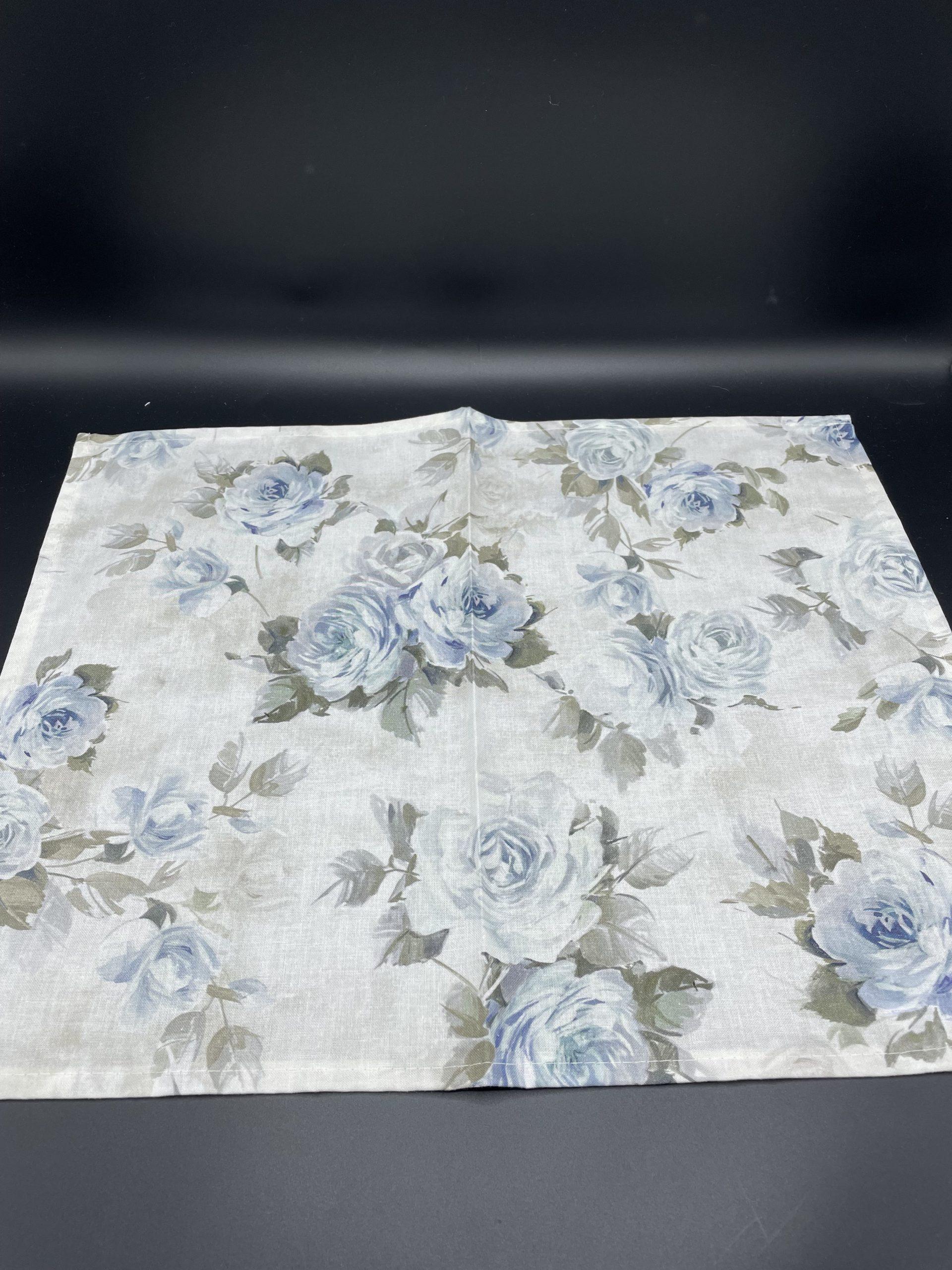 4 tovagliette rose azzurre